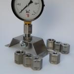 Sada kalibračných adaptérov K2101 so stojanom a tlakomerom